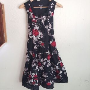 Hot Topic Floral Frilly With Tie Detail Dress